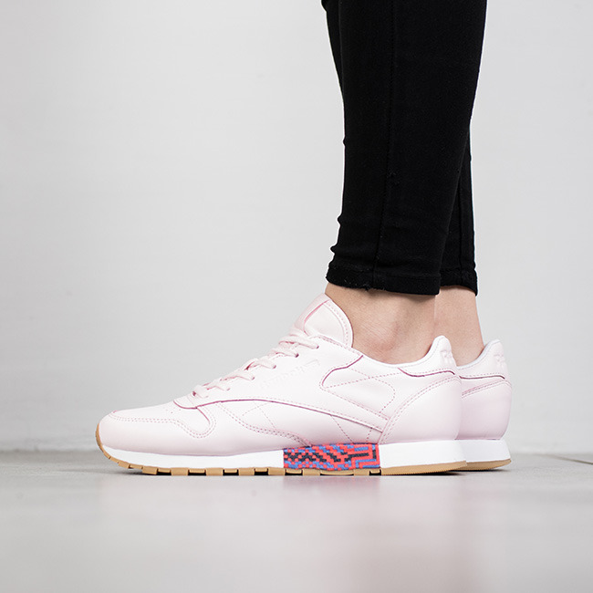 Reebok Femme Sneakers Classic Leather New Chaussures Meets Old PXukiZ