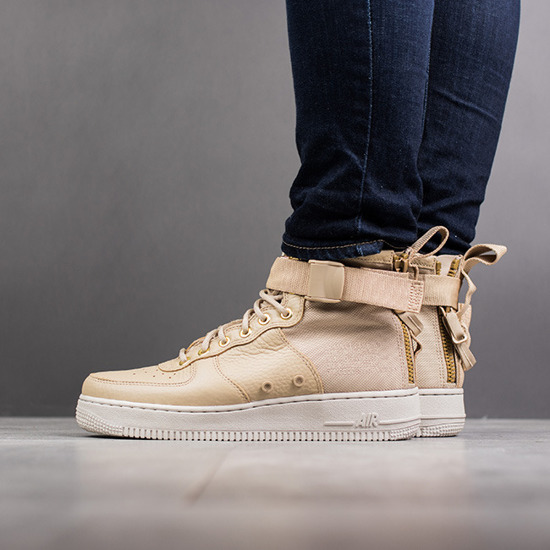 new concept e00f1 19142 Nike Sf Air Force 1 Mid AA3966 200 -SneakerStudio