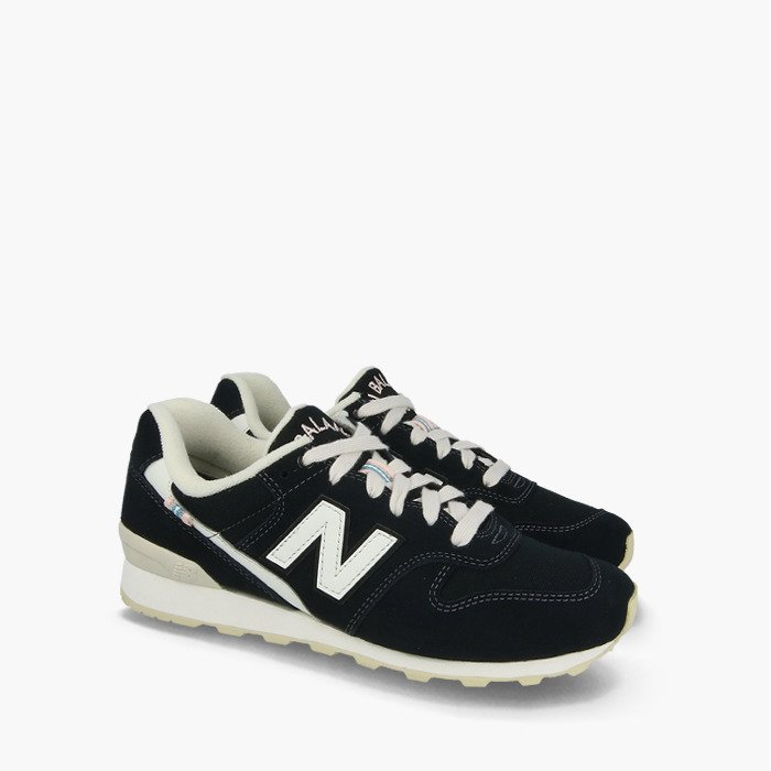 Baskets femme New Balance WR996YB SneakerStudio