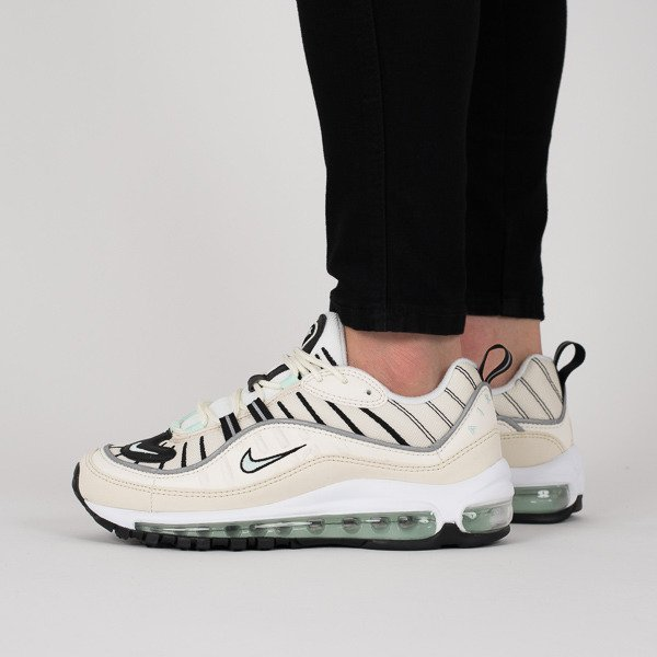 low priced 1665c f1c6f ... Baskets femme Nike Air Max 98 AH6799 105 ...