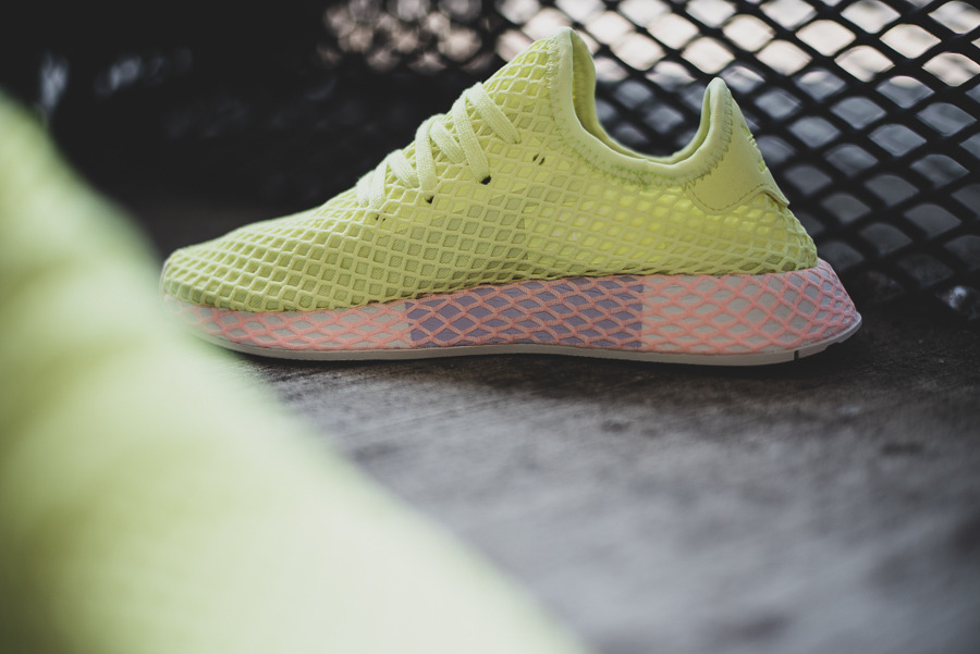 Baskets femme adidas Originals Deerupt Runner W B37602