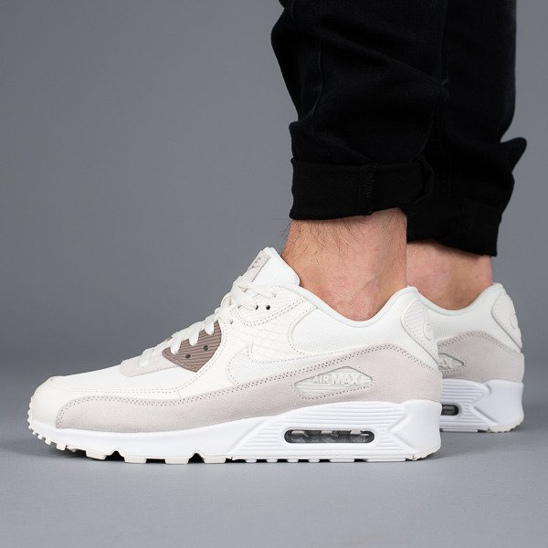 low priced d4428 cc8cb ... Baskets homme Nike Air Max 90 Premium 700155 102 ...