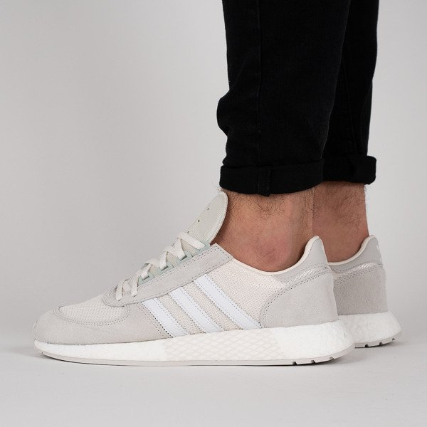 Baskets homme adidas Originals Marathon x 5923