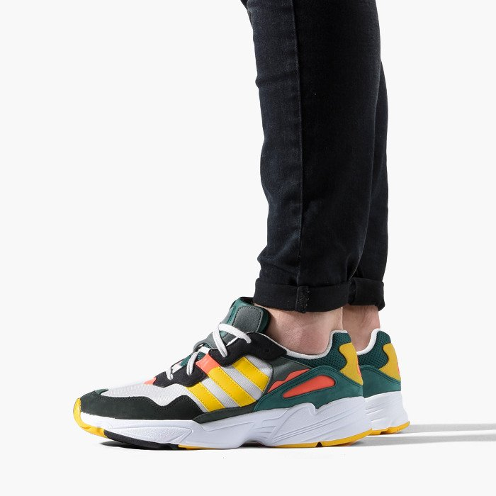 timeless design e35ba dd020 ... Baskets homme adidas Originals Yung-96 DB2605 ...
