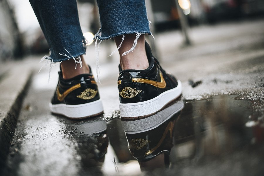... Chaussures baskets femme Air Jordan 1 Low GG 554723 032 ...