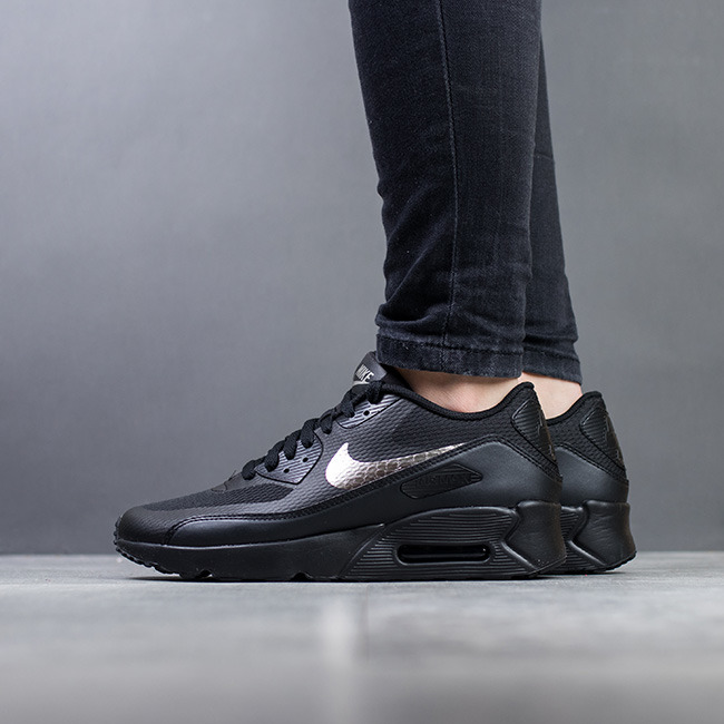 finest selection aebf5 d9b17 ... Chaussures baskets femme Nike Air Max 90 Ultra 869950 011 ...