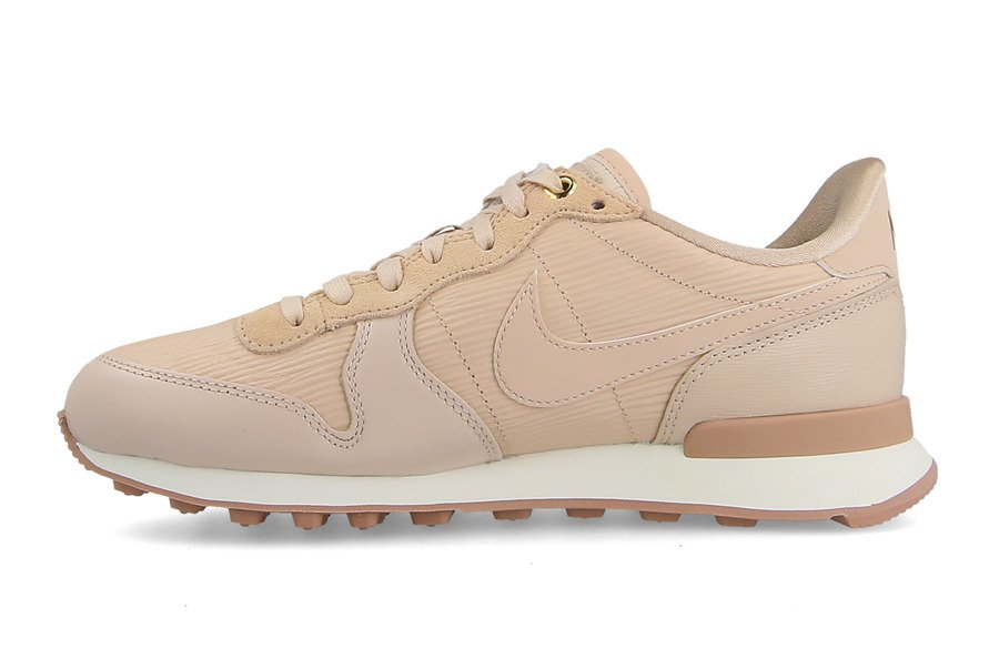 superior quality 87cf8 bbddf ... beige gum 48f48 8e930 discount code for chaussures baskets femme nike  internationalist premium 828404 202 de1e5 b9087 ...