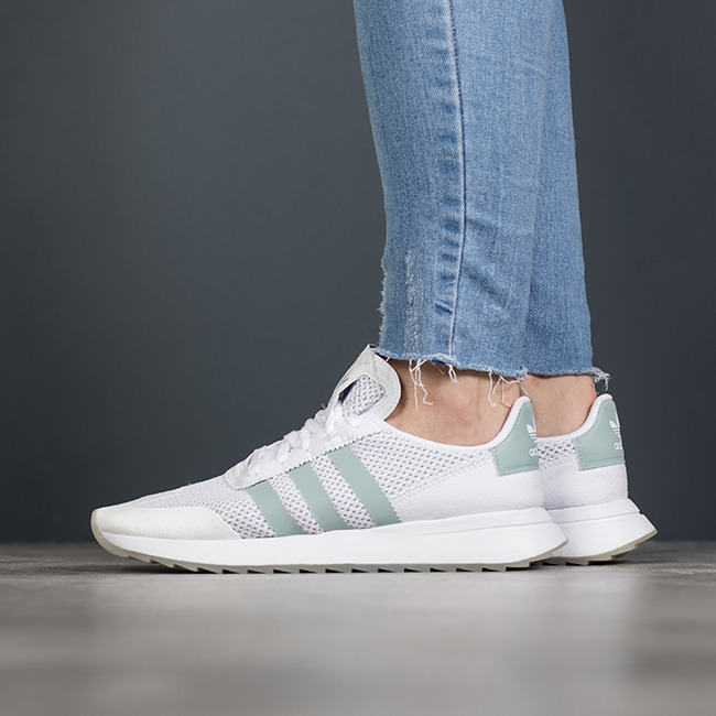 Prix double section Baskets Chaussures femme Baskets section adidas Originals Flashback BY 08d100