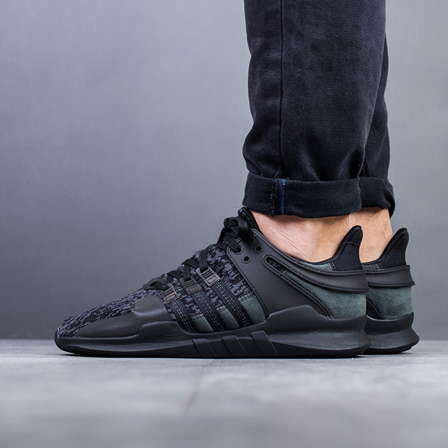 chaussures homme sneakers adidas originals equipment eqt support adv triple black by9589. Black Bedroom Furniture Sets. Home Design Ideas