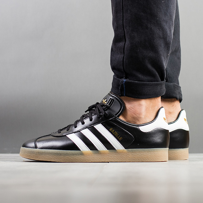 Chaussures homme sneakers adidas Originals Gazelle BZ0026 Chaussures homme sneakers adidas Originals Gazelle BZ0026 ...