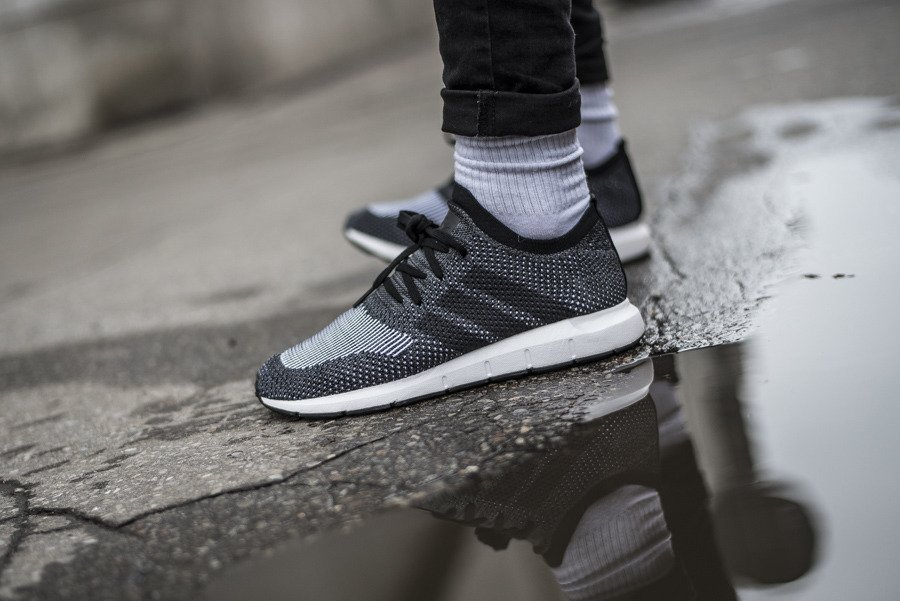 best authentic really cheap on sale Chaussures homme sneakers adidas Originals Swift Run ...
