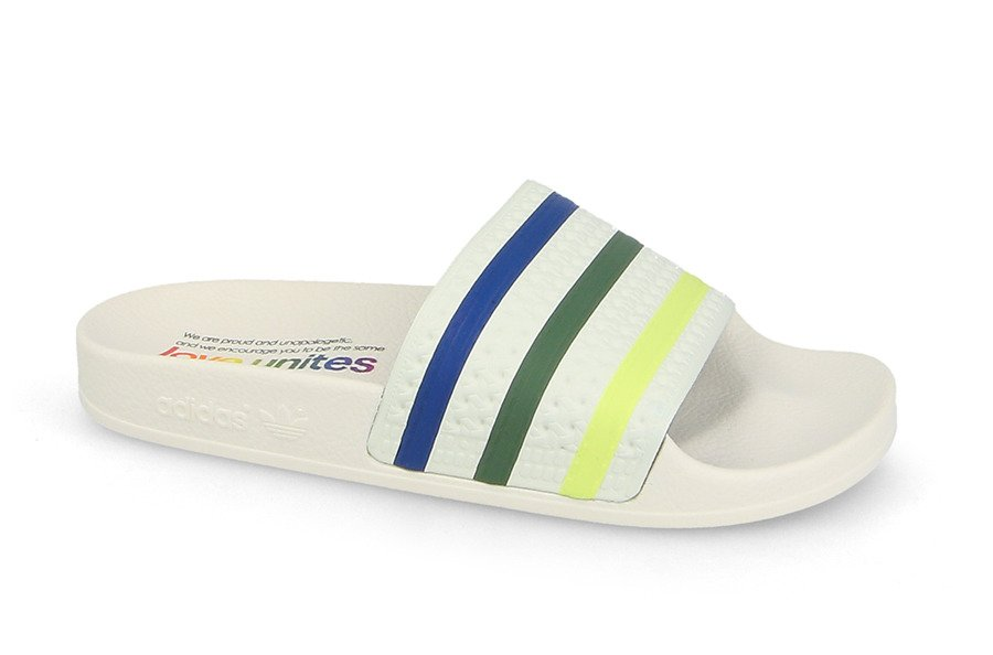 incredible prices on feet shots of good Claquettes femme adidas Originals Adilette Pride DB3436 ...
