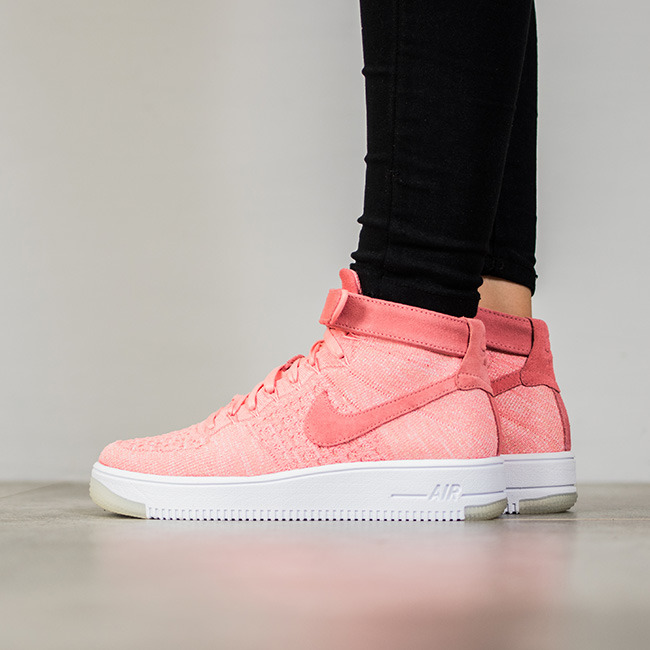... Femme chaussures sneakers Nike Air Force 1 Flyknit 818018 802 ...