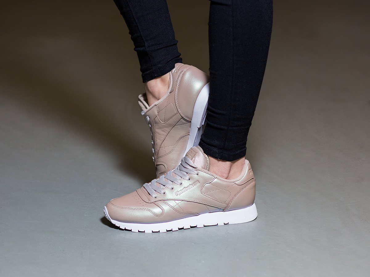 reebok classic leather femmes's peralized