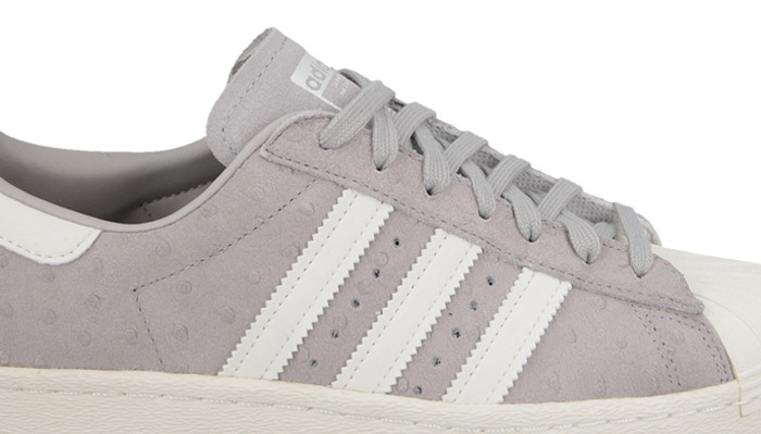 outlet store 7dc62 3eb12 ... Femme chaussures sneakers adidas Originals Superstar 80S S75060 ...