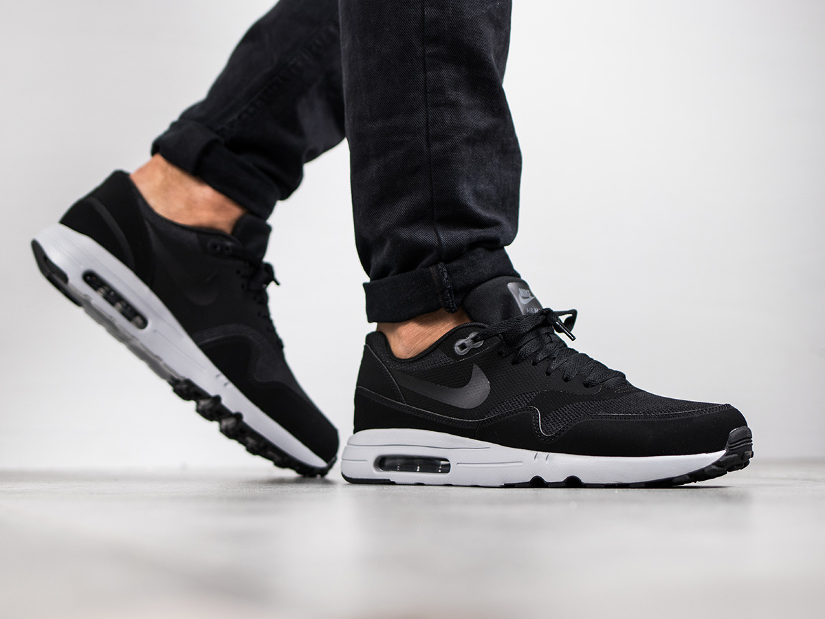 Air Max 2 Nike Essential Nike 2 Baskets Ultra 1 875679 Homme Chaussures 0 f9f1b1