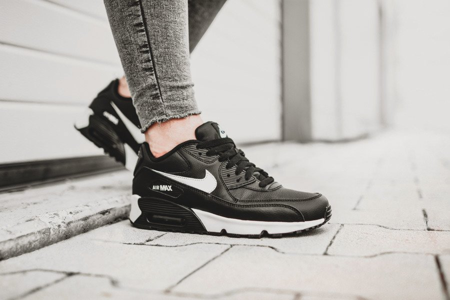 shop classic shoes website for discount nike air max 90 zenske