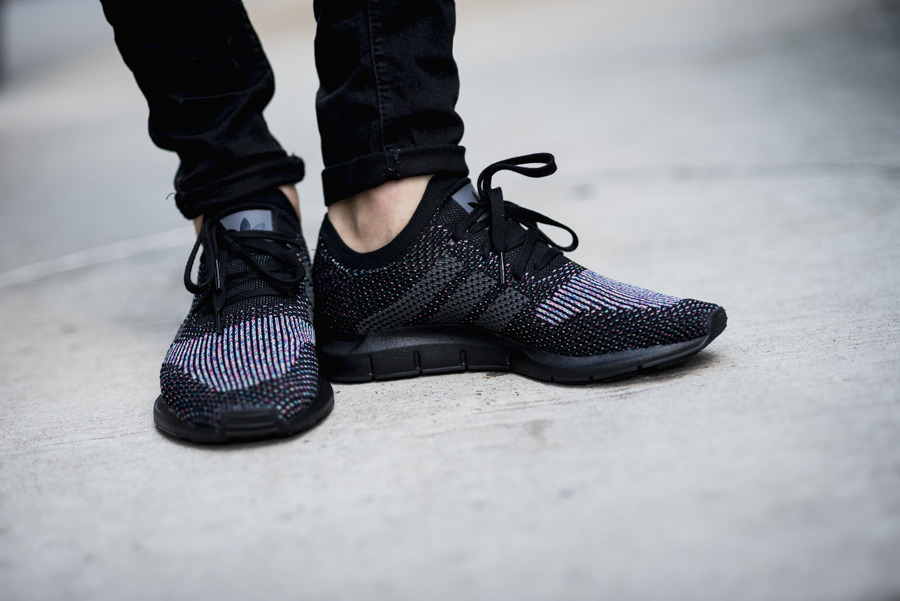 adidas Originals Swift Run Primeknit Baskets Noir CG4127