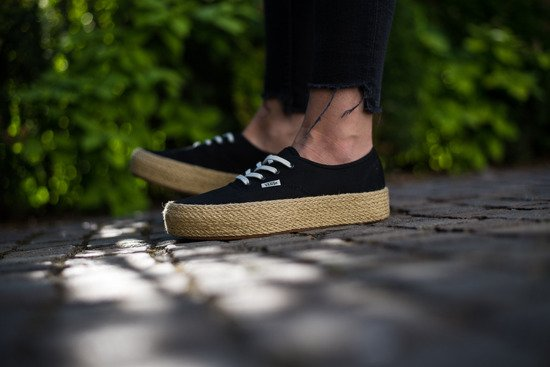 Baskets femme Vans Authentic Platform VA3NAQBLK