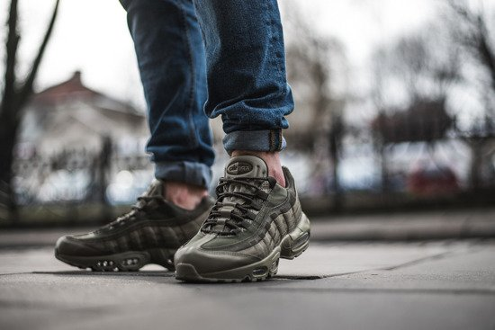 "Chaussures baskets homme Nike Air Max 95 Premium ""Neutral Olive"" 538416 201"