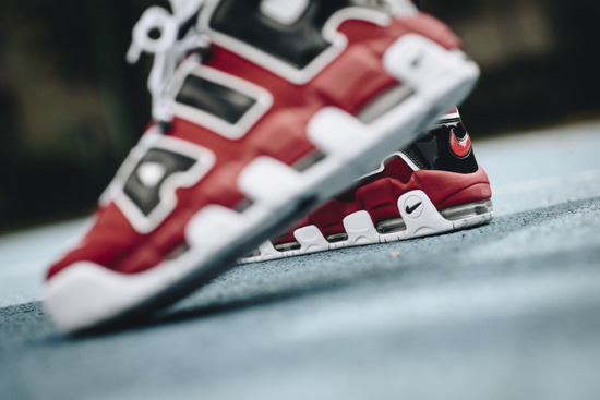 Chaussures homme sneakers Nike Air More Uptempo '96 Bulls 921948 600