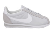 Femme chaussures sneakers Nike Classic Cortez Nylon 749864 010